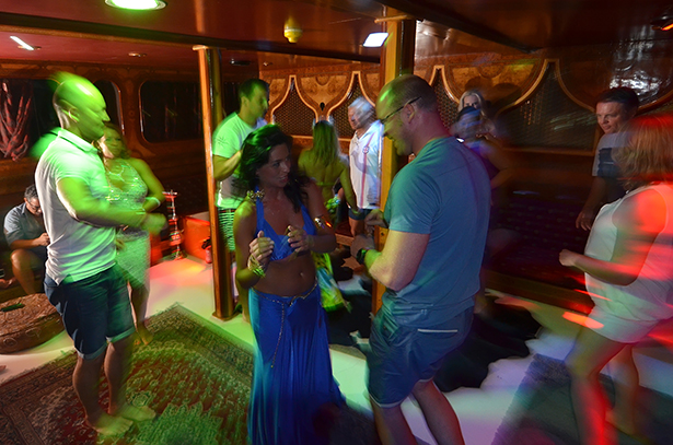 Arabian music and bellydance