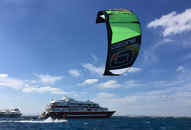 Kitesurf and diving safari onboard in the Red Sea