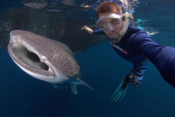selfie underwater